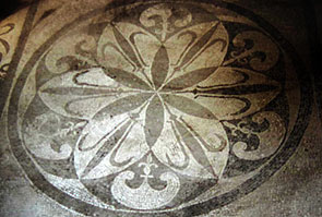 Six-leaved rosette in Pompeii